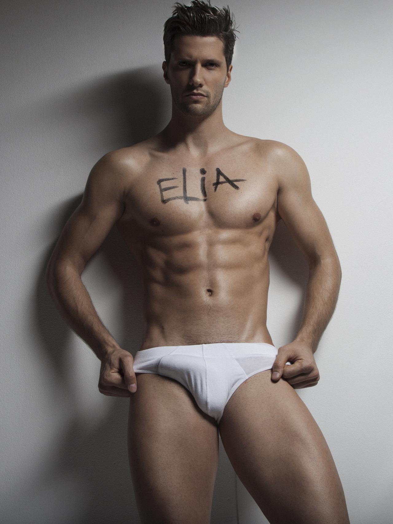 men-italia-nude