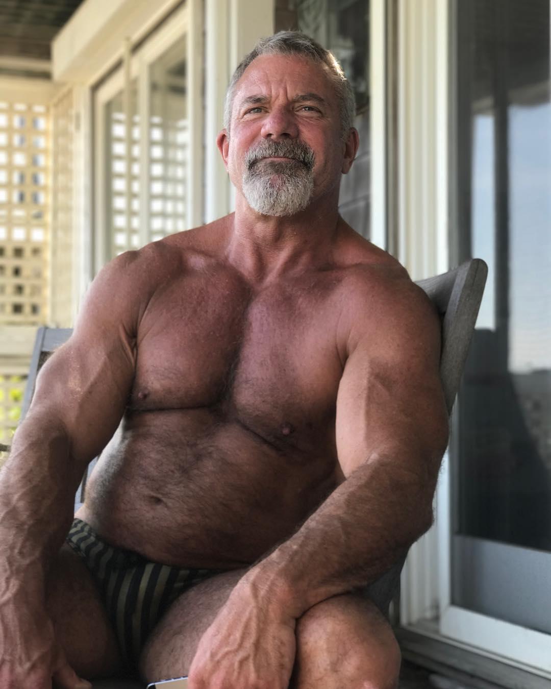 Обнаженные Пожилые Мужчины